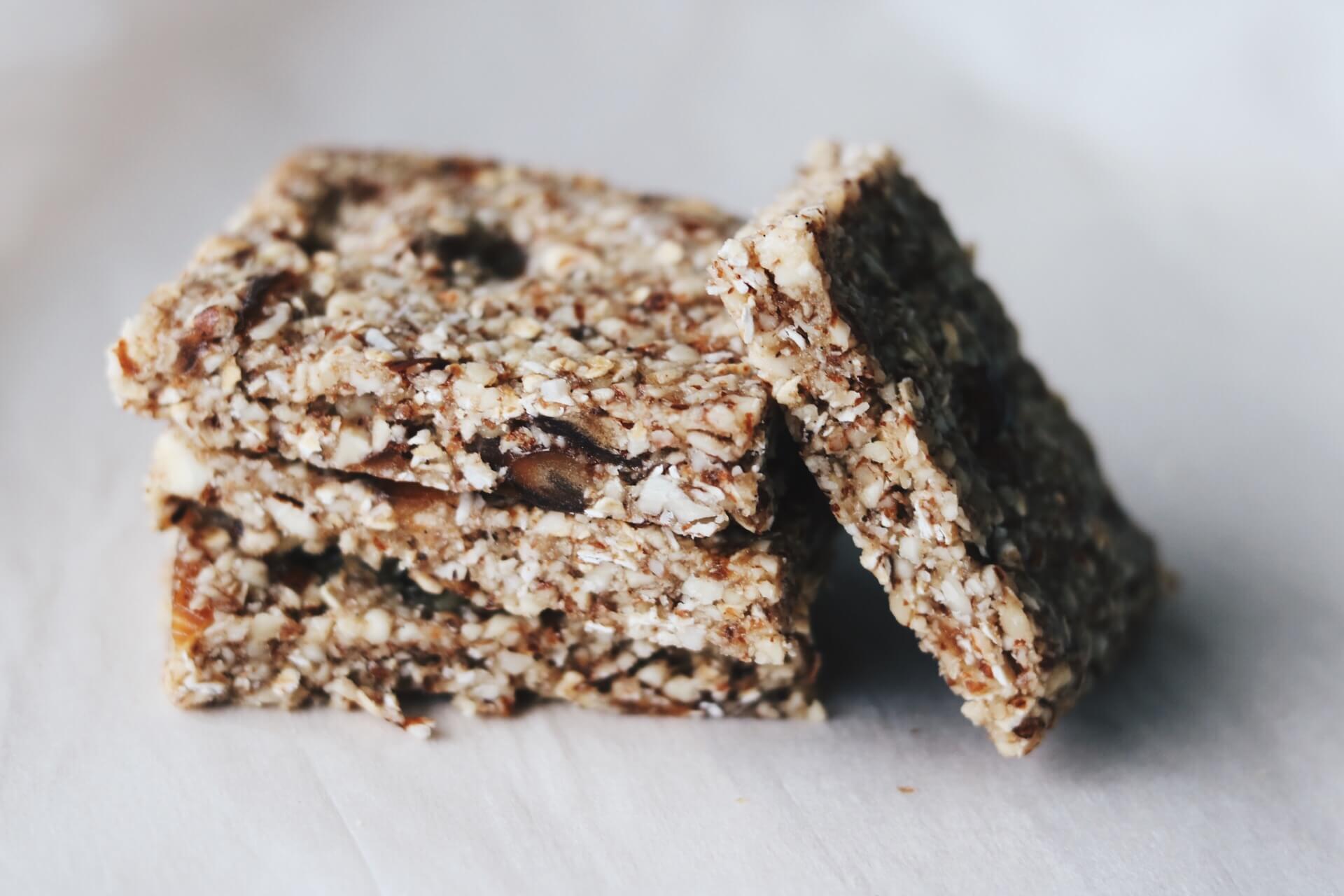 Müsliriegel ohne Backen: Gesunde Snacks für Kinder
