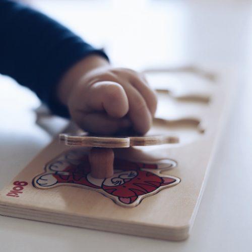 Spielideen für Babys - Aktivitäten ab 10 Monaten