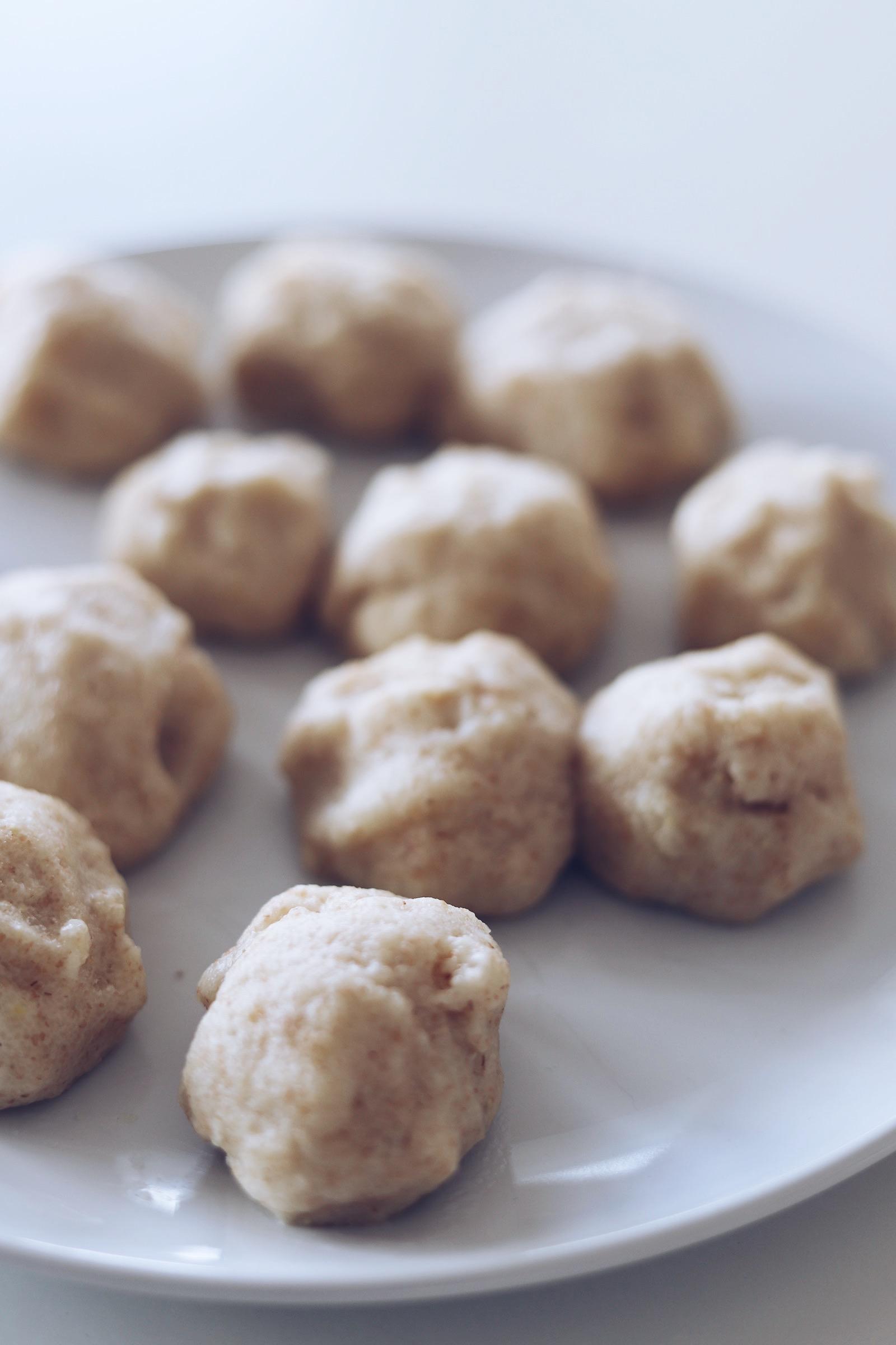 Aus der Küche: Schnelle Joghurt Grieß Bällchen – a lovely journey