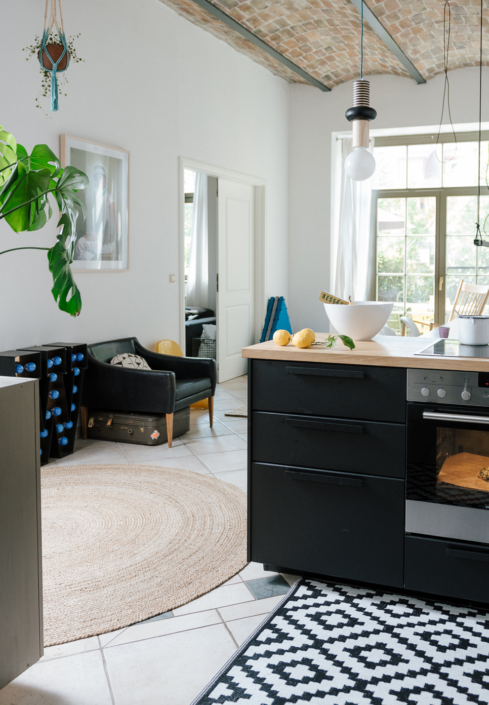 nachhaltig wohnen house tour mit sonja von babyccino berlin. Black Bedroom Furniture Sets. Home Design Ideas