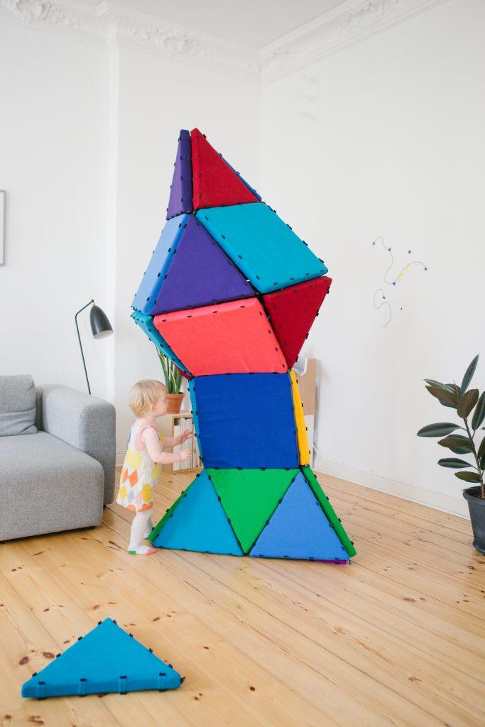 Kinderzimmer einrichten: Magnetische Spielmatten von tukluk
