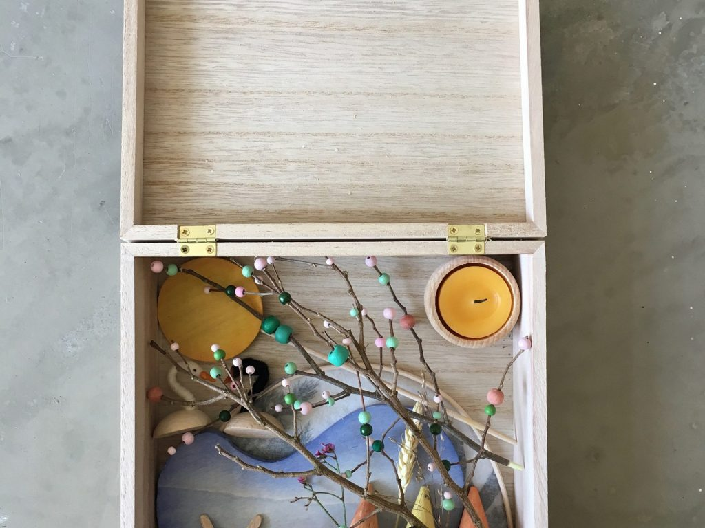Laine Maison: Liebevoll handgemachte Jahreszeitentische zum Verlieben
