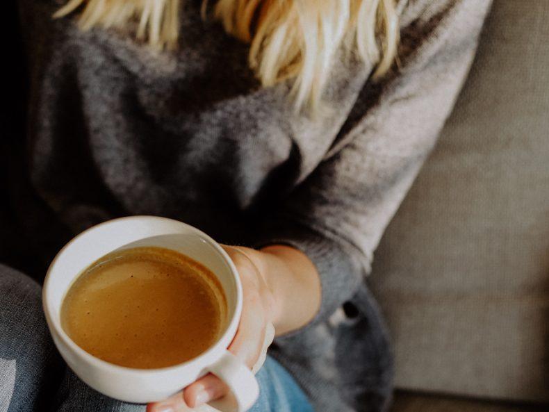 Cremiger Nusskaffee mit Cashews: Energie für müde Mütter