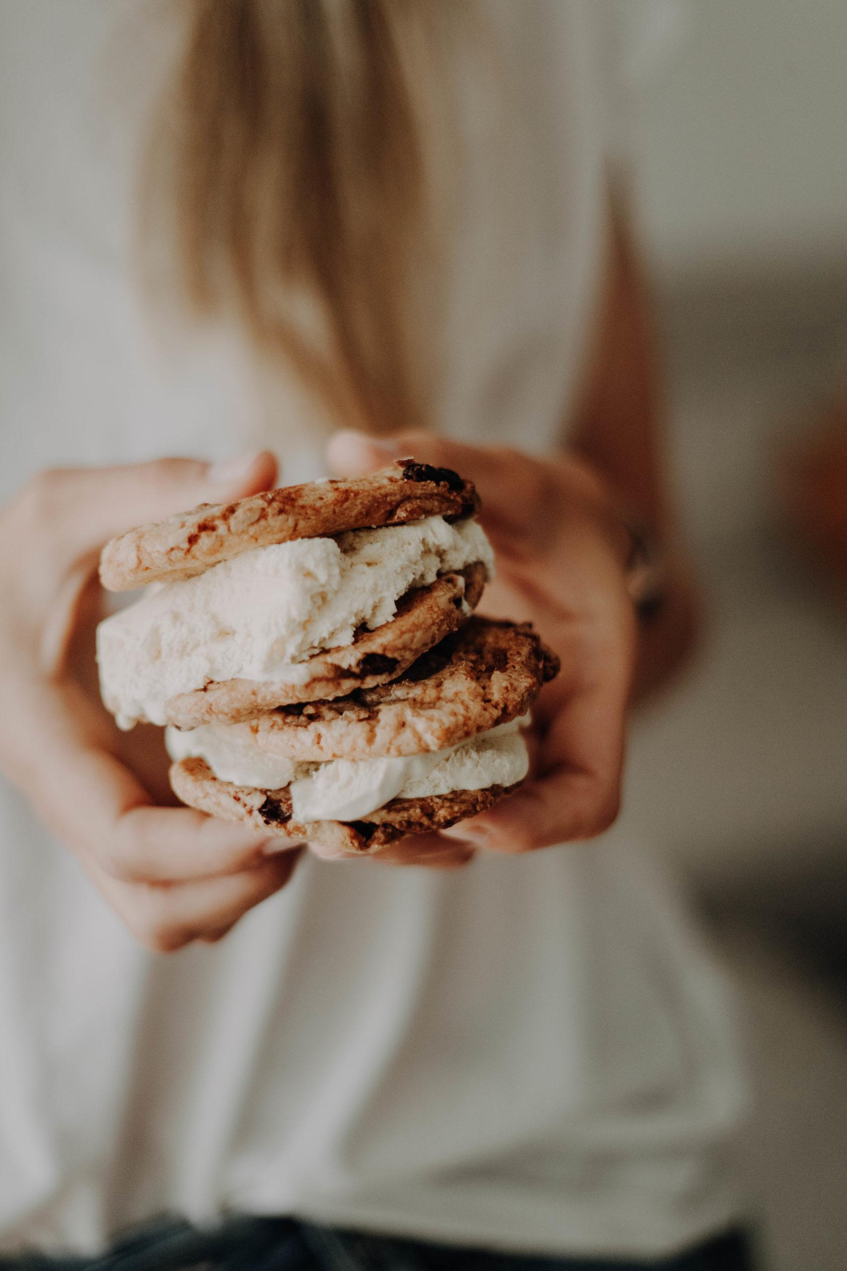 Eis-Sandwich selbst machen: Sommerliches Soulfood für die ganze Familie