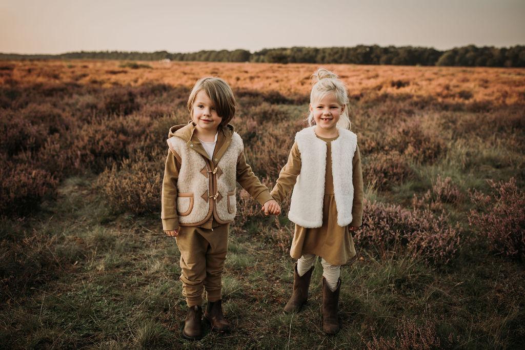 Kuschelige Wollkleidung für die ganze Familie